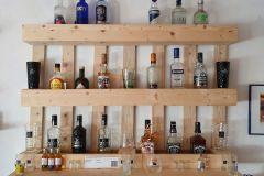 Bar-Regal aus Palettenholz