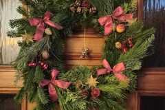Sehr schöner weihnachtlicher Türkranz